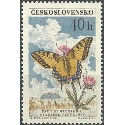 1220.- Motýli, *,